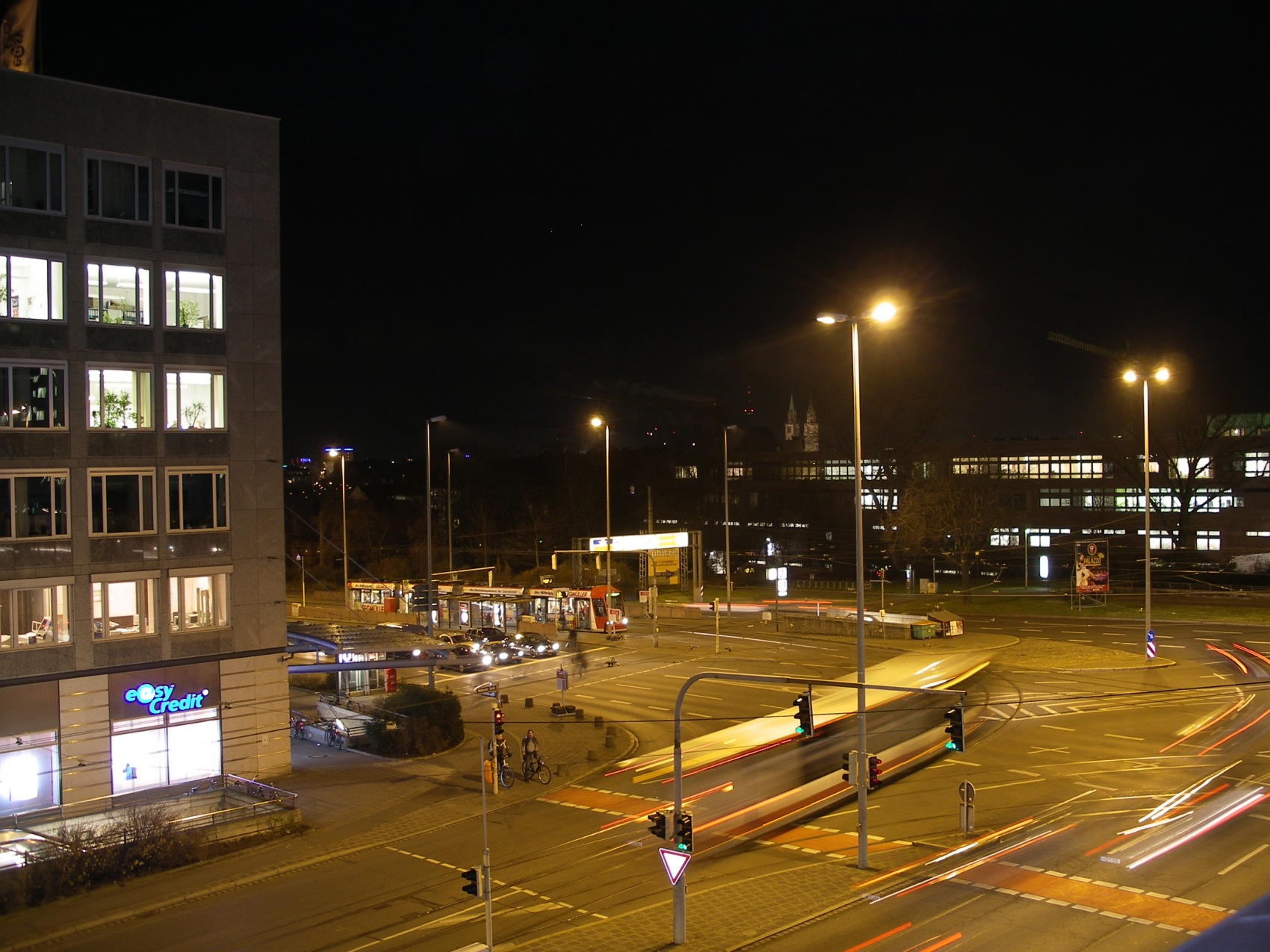 IMGP1535.JPG - Rathenauplatz am Abend
